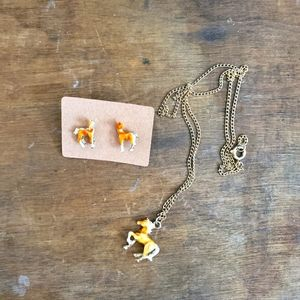 Gorgeous Horse Necklace/earrings set